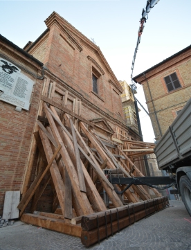 Chiesa San Savino - Gualdo 2.jpg